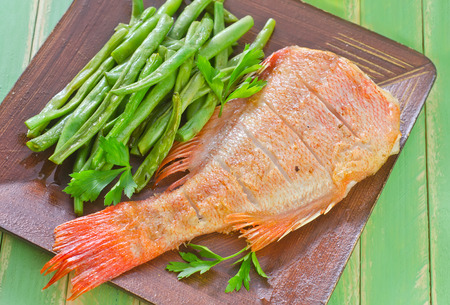 white salmon river: fried fish with green beans