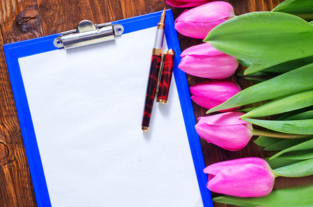 tulips and note photo