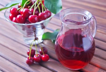 sour cherry: cherry juice Stock Photo