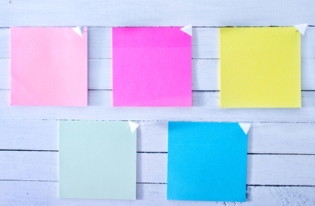 yellow tacks: color sheets for note