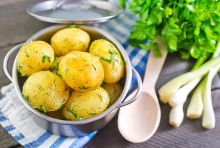 patatas: patata hervida