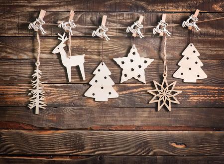 나무 테이블에 크리스마스 장식, 크리스마스 배경