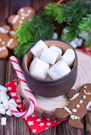 marshmellow: cookies with candy canes and marshmellow