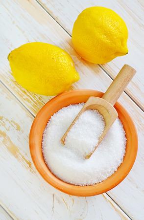 ácido: ácido y limones