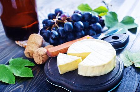 camembert: camembert and grape