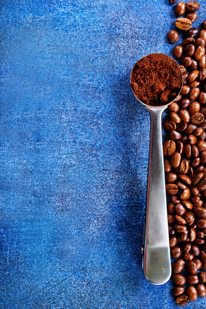 coffee beans on a table, coffee background Stok Fotoğraf - 82428855