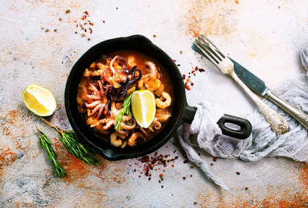 sauce with seafood and tomato