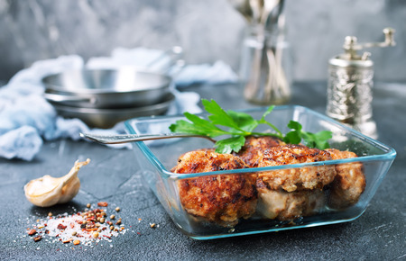 fried cutlets in glass bowl, chicken cutlets