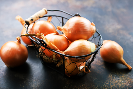onion on a table, raw onions