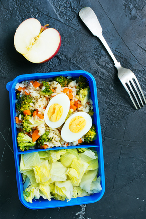 Diet food in lunch box, fresh dinner food Banque d'images