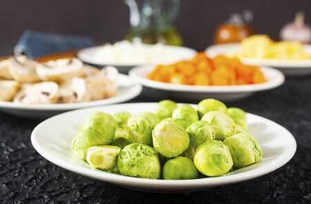raw vegetables in bowls or plate, fresh vegetables 免版税图像