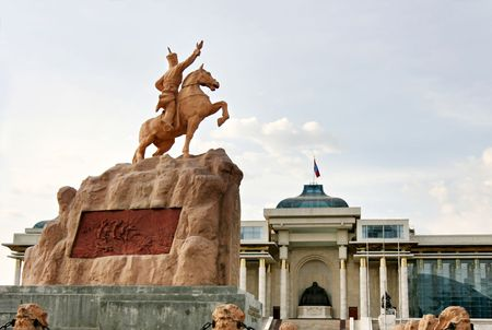 independent mongolia: statue of Damdin Sukhbaatar in front of the Parliament building, Suhbaatar square. Ulan Bator. Mongolia