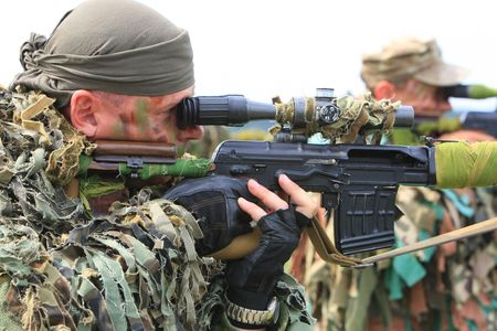berets: KYIV, UKRAINE - JUNE 14, 2008: special troops soldiers  pass maroon berets exam on June 14, 2008 in Kyiv, Ukraine
