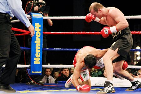 KYIV, UKRAINE - FEBRUARY 21: Julio Cesar Dominguez fight against Vyacheslav Uzelkov during a bout for the WBA light heavyweight Intercontinental Champion title on Feb 21, 2008 in Kyiv, Ukraine Editorial
