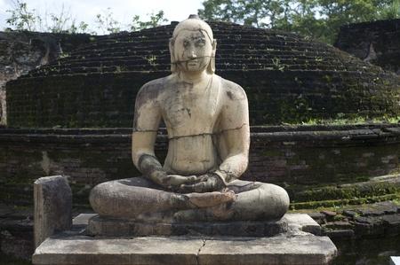 Buddha statue in Polonnaruwa, Sri Lanka Stock Photo - 9722732