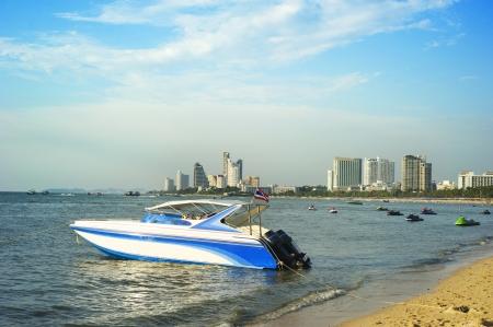 Pattaya beach in the sunshine day, Thailand photo
