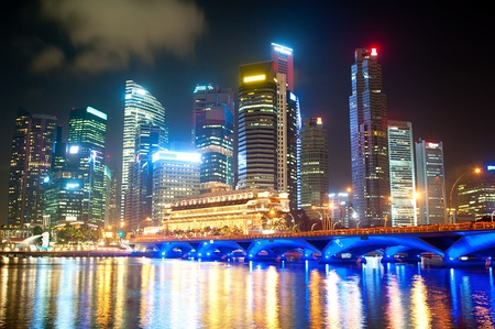 Night lights of Singapore with reflection in the river Stock Photo - 18799436