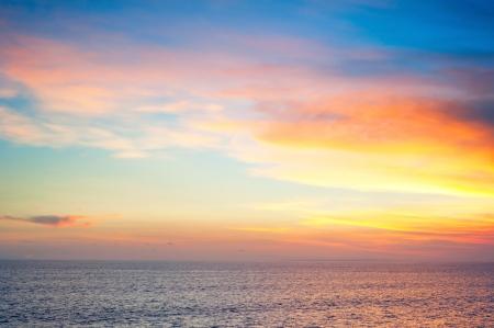 Bel tramonto sull'isola di Bali, Indonesia