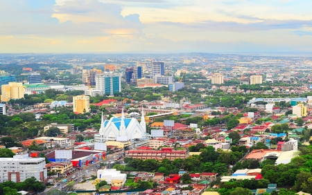 Panorama of Cebu city. Cebu is the Philippines second most significant metropolitan centre and main domestic shipping port. Standard-Bild