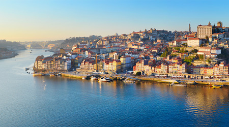 Panorama of Porto Old Town and Duoro river. Portugal 版權商用圖片