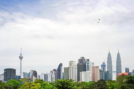 시내 하루에 쿠알라 룸푸르의 스카이 라인. 말레이시아