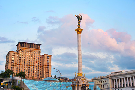 maidan: Statue of Berehynia on the top of Independence Monument on the Maidan Nezalezhnosti in Kiev, Ukraine Stock Photo