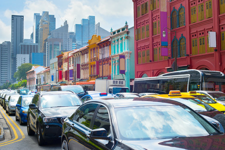 シンガポールの混雑した道の交通渋滞 写真素材