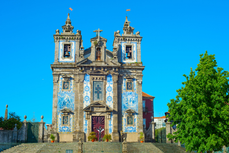 View of famous Church of Santo Ildefonso that was built in 17th century. Porto, Portugal