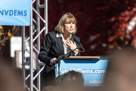 RENO, NV - October 25, 2018 - Kate Marshall yelling at a political rally on the UNR campus. 에디토리얼