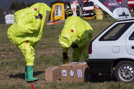 chemical warfare: Fire chemical unit in action