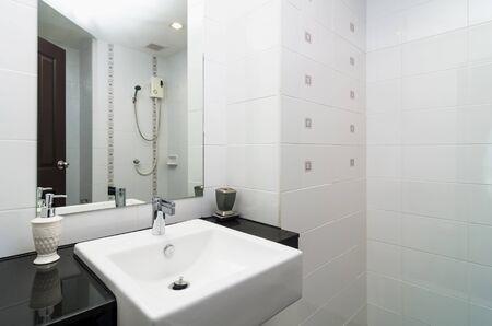 bathroom: Luxury Interior bathtoom