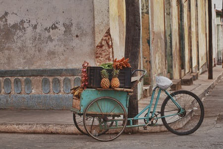 street vendor: fruits and veg cart, Trinidad, Cuba
