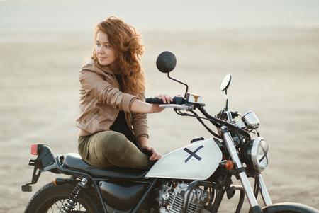 motorcycle-girl-desert-nude-sex-naked-womwn