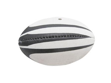 pelota rugby: La imagen de la pelota de rugby bajo el fondo blanco.  Foto de archivo