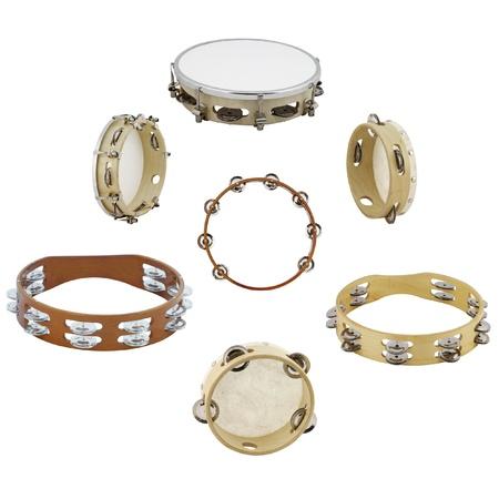 tambourine: tamburelli sotto lo sfondo bianco Archivio Fotografico