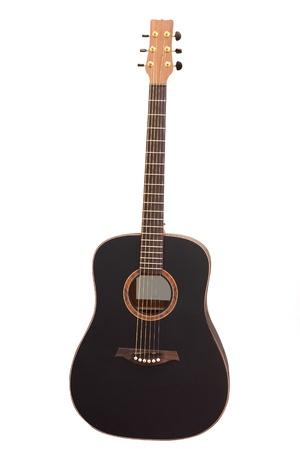gitarre: Das Bild der akustischen Gitarre unter dem wei�en Hintergrund