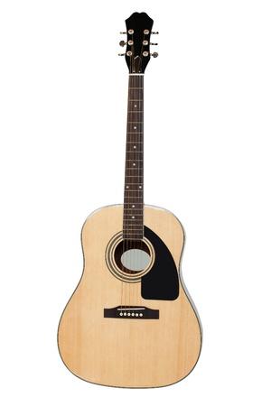 guitarra acustica: La imagen de una guitarra bajo un fondo blanco