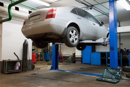 automobile workshop: Cars  in a repair garage