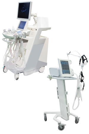 Appareil à ultrasons sous le fond blanc