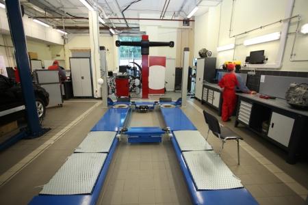 Obraz garażu naprawy samochodu