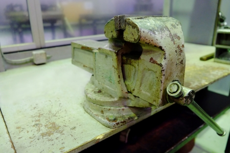 workbench: vice on a workbench