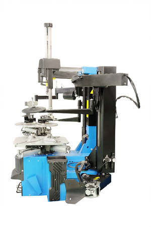 tire fitting: image of tyre fitting machine