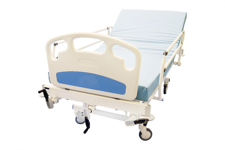 paciente en camilla: cama médica móvil aislado en el fondo blanco