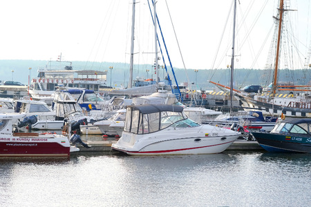 berth: image of motor boat stand at a berth