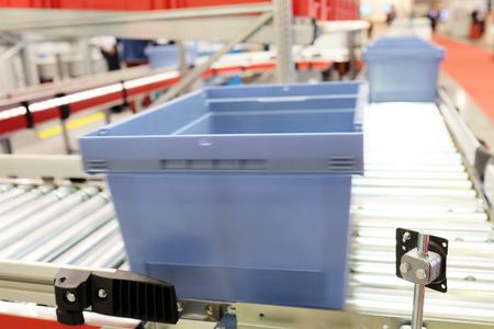 automatic: image of automatic conveyor