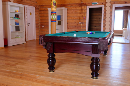 snooker rooms: Green billiard table