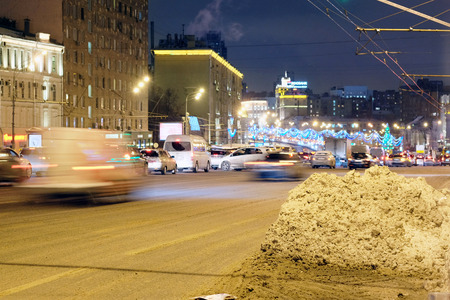 jams: Moscow, Russia, December, 26, 2014: the plentiful snow, which dropped out the day before, led to emergence of multikilometer traffic jams on roads Editorial