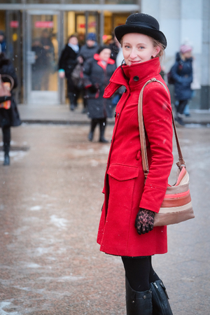 sapiens: Girl in a red coat