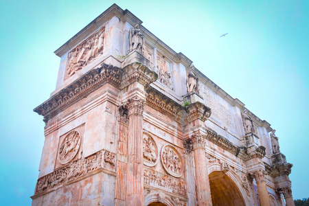 Roma: triumphal arch in Roma, Italy