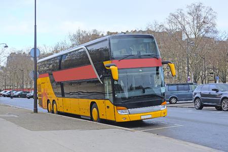 motor de carro: Paris, France, February 8, 2016: Bus on the street of Paris, France